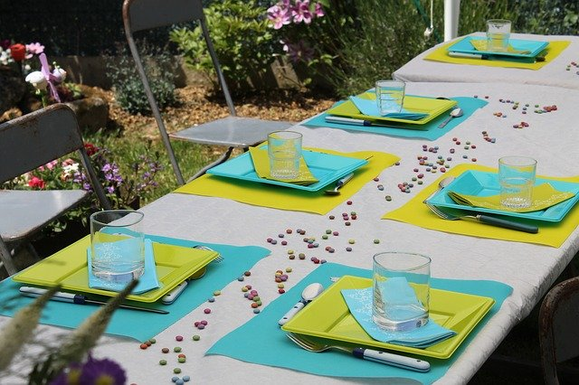 Company Picnic Table Setting